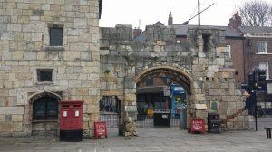 Queen Margaret's Arch