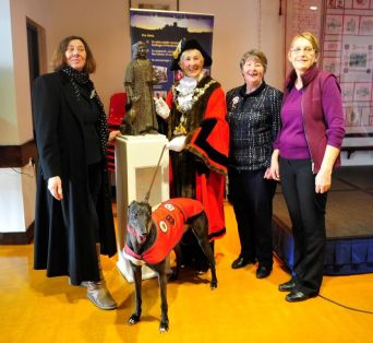 Sculptor Harriet Addyman with Pembroke Town Mayor Pauline Waters, town crier Rose Blackburn and Pembroke & Monckton History Society member Linda Asman